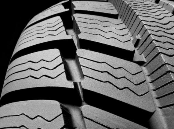 Cuatro cosas sobre el cambio de neumáticos que seguramente no sabes.